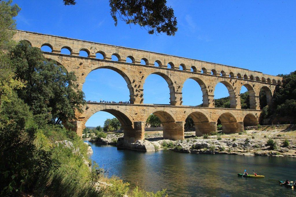 pont du gard, provence, france-533365.jpg