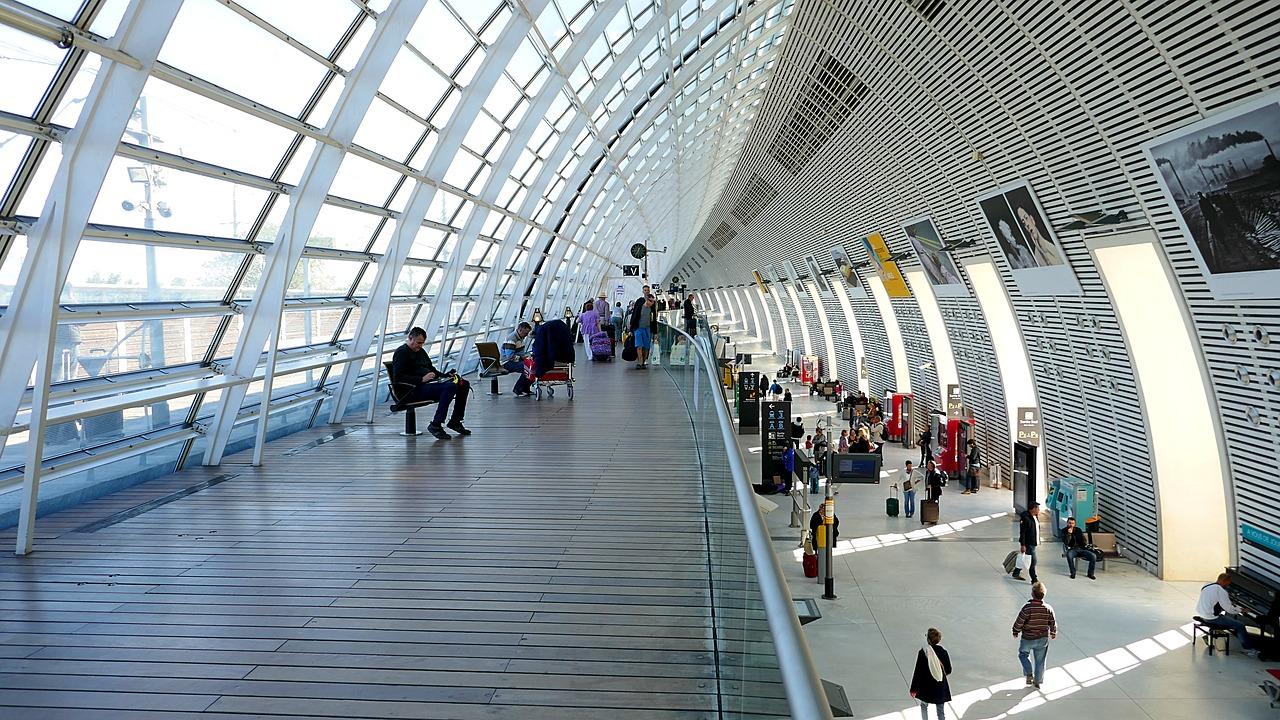 train, station, avignon-1747216.jpg